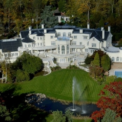 25 biggest houses in the world - Biggest House In The World 2012