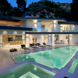 ... Modern Hollywood Mansion