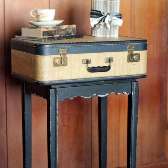 ... Vintage Suitcase Side Table