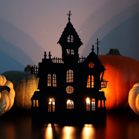 Haunted house Halloween decoration