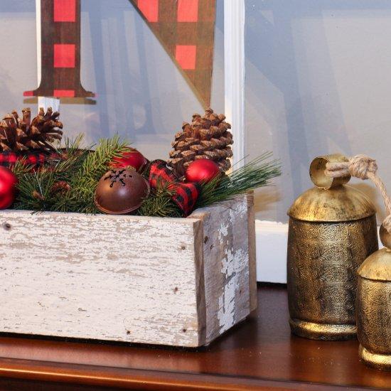 cozy christmas entryway decor - Cozy Christmas Decor
